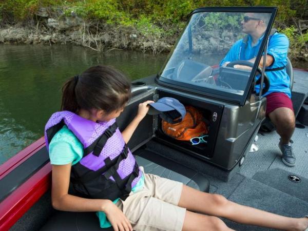 2021 Tracker Boats boat for sale, model of the boat is Targa™ V-19 Combo & Image # 9 of 10
