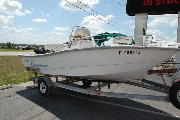 2001 Polar boat for sale, model of the boat is Fishmaster Travis Edition & Image # 2 of 9