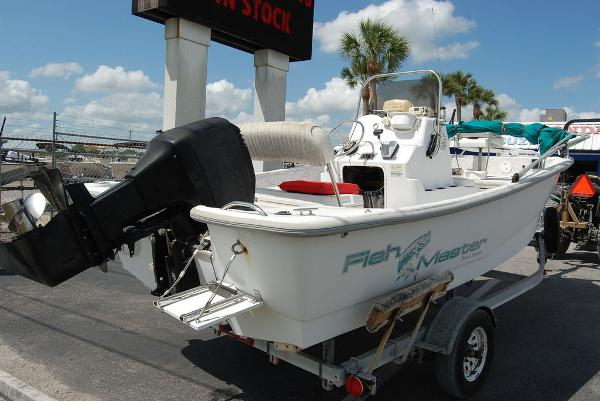 2001 Polar boat for sale, model of the boat is Fishmaster Travis Edition & Image # 3 of 9