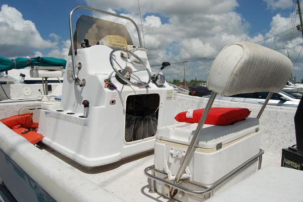 2001 Polar boat for sale, model of the boat is Fishmaster Travis Edition & Image # 8 of 9