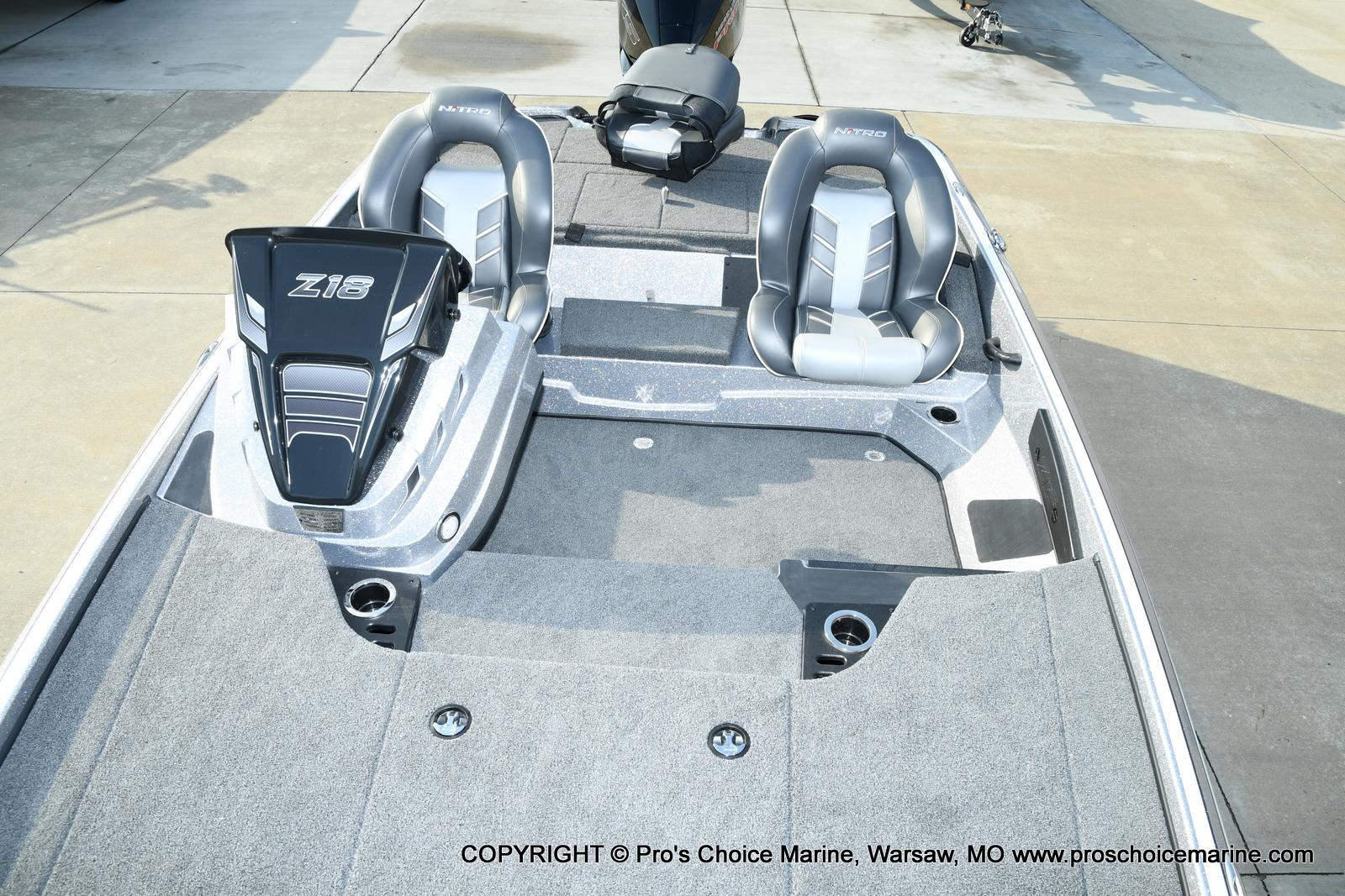 2021 Nitro boat for sale, model of the boat is Z18 Pro Pack w/175HP Pro-XS & Image # 14 of 50