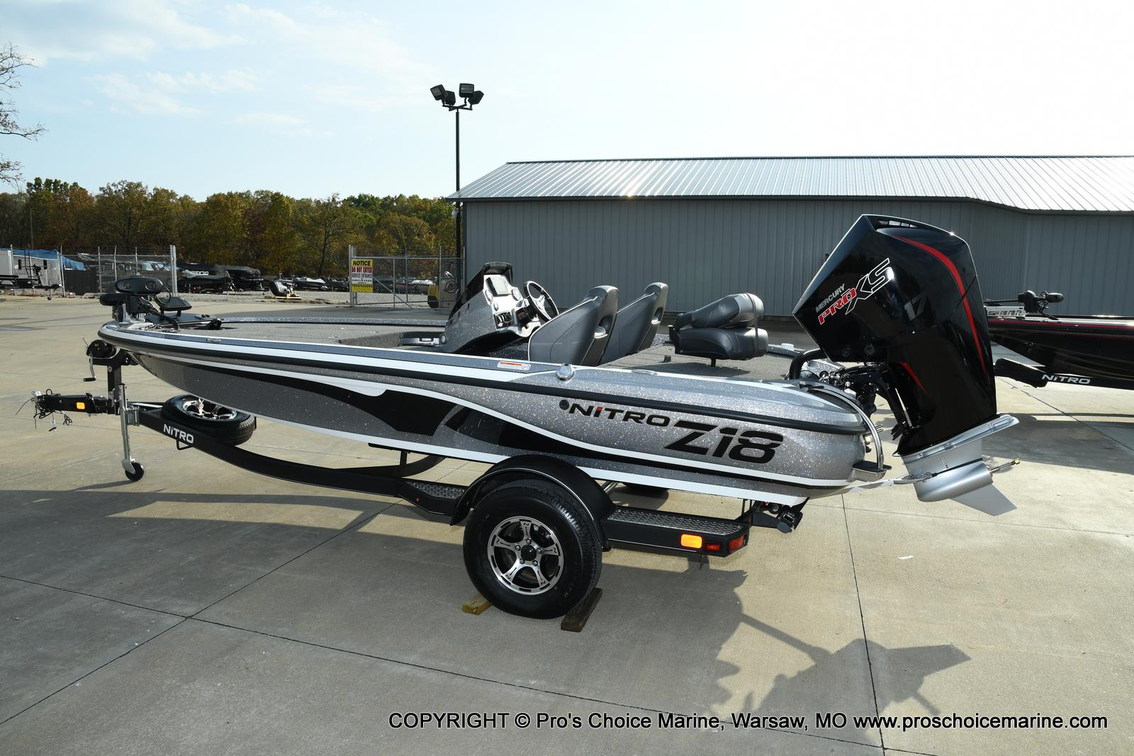 2021 Nitro boat for sale, model of the boat is Z18 Pro Pack w/175HP Pro-XS & Image # 21 of 50