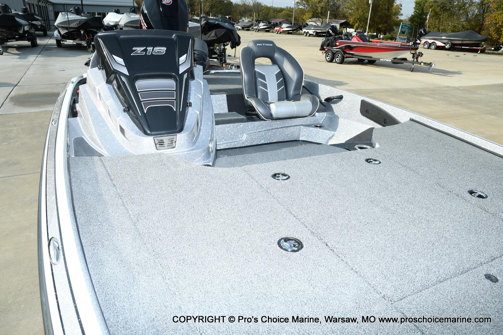 2021 Nitro boat for sale, model of the boat is Z18 Pro Pack w/175HP Pro-XS & Image # 25 of 50