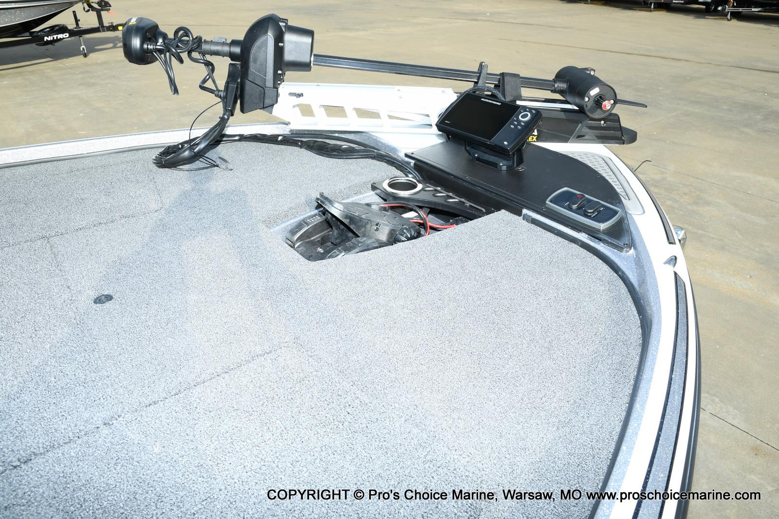 2021 Nitro boat for sale, model of the boat is Z18 Pro Pack w/175HP Pro-XS & Image # 3 of 50