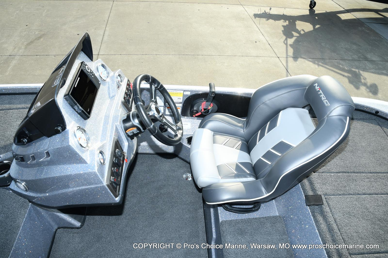 2021 Nitro boat for sale, model of the boat is Z18 Pro Pack w/175HP Pro-XS & Image # 7 of 50