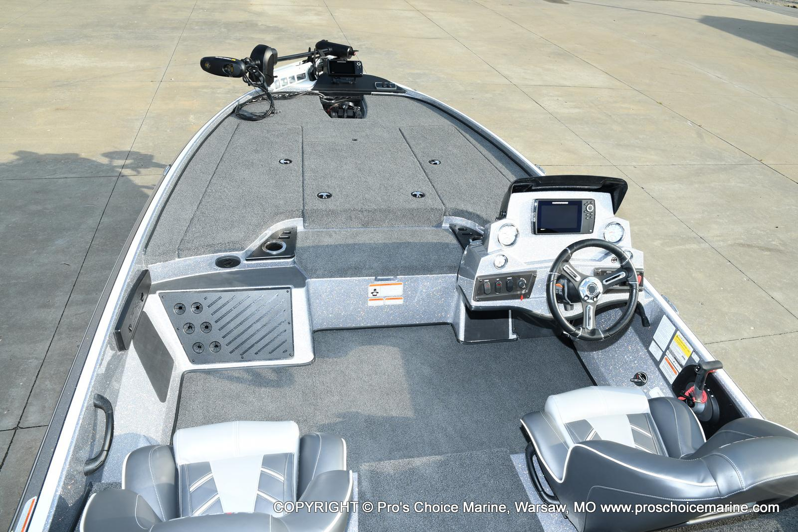2021 Nitro boat for sale, model of the boat is Z18 Pro Pack w/175HP Pro-XS & Image # 28 of 50