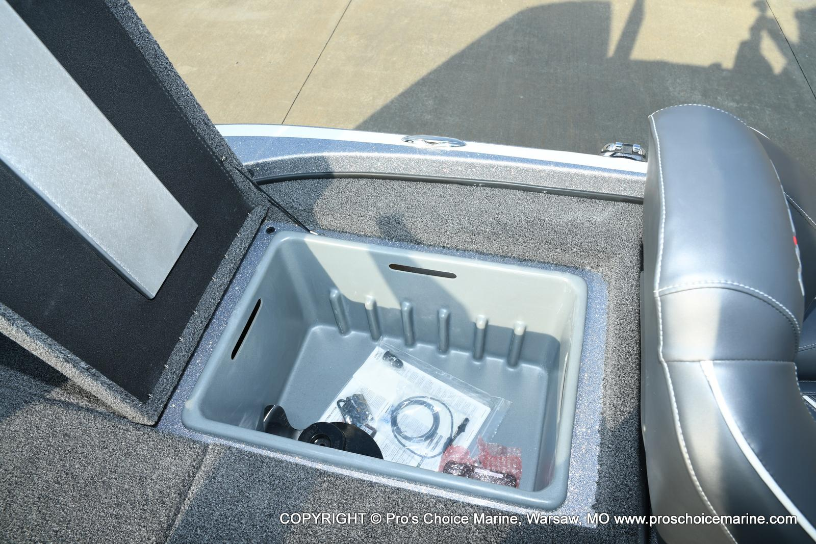 2021 Nitro boat for sale, model of the boat is Z18 Pro Pack w/175HP Pro-XS & Image # 38 of 50