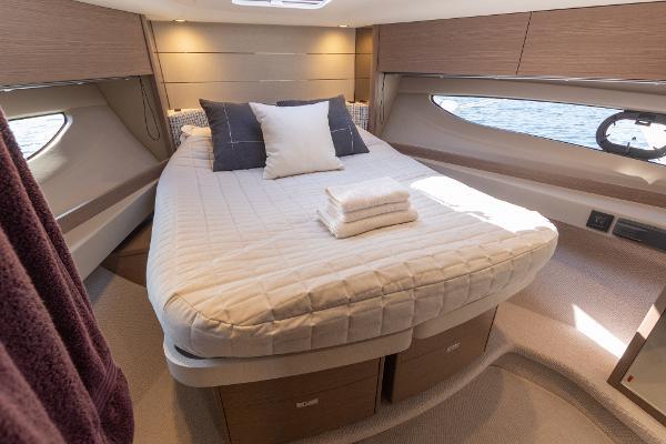 Princess Motor Yacht Sales - Used Princess V50