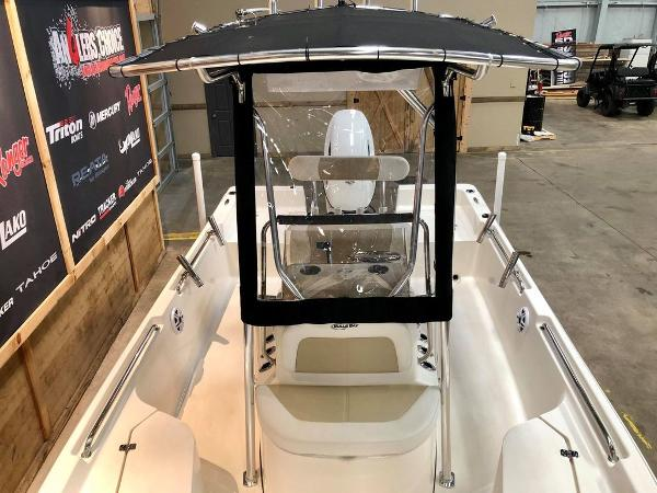 2021 Bulls Bay boat for sale, model of the boat is 2200 & Image # 2 of 17