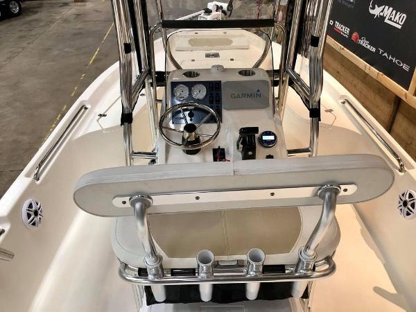 2021 Bulls Bay boat for sale, model of the boat is 2200 & Image # 5 of 17