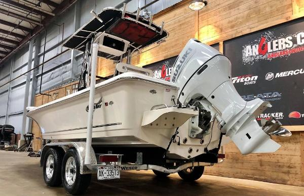 2021 Bulls Bay boat for sale, model of the boat is 2200 & Image # 14 of 17