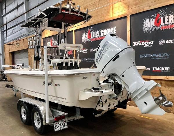 2021 Bulls Bay boat for sale, model of the boat is 2200 & Image # 16 of 17