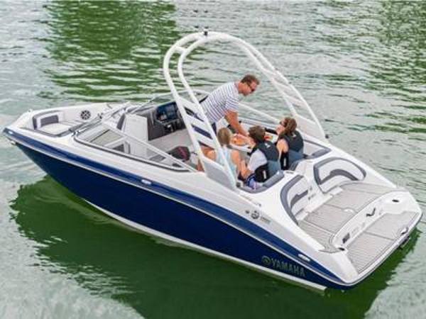 2021 Yamaha Boats 195S thumbnail