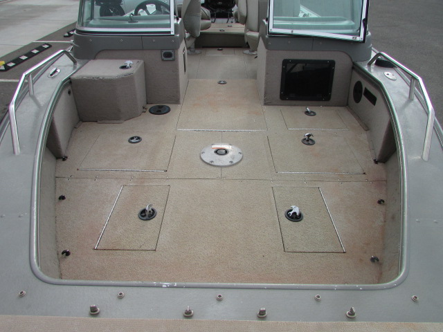 2006 Lund boat for sale, model of the boat is 2025 Pro V Magnum IFS & Image # 5 of 19