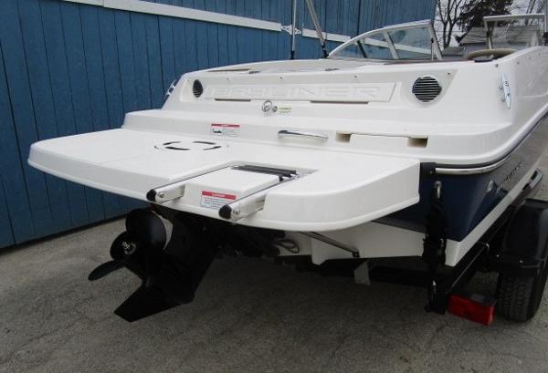 2015 Bayliner boat for sale, model of the boat is 175 Bowrider & Image # 3 of 24