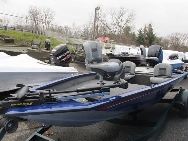 2018 Tracker Boats boat for sale, model of the boat is Pro Team 175 TF & Image # 2 of 9