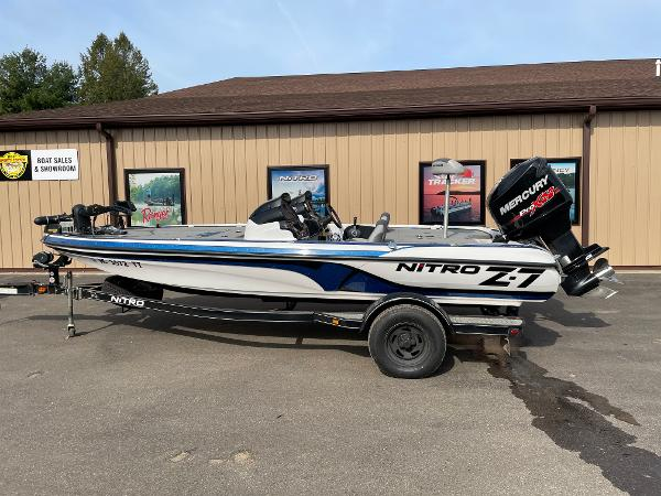 2015 Nitro boat for sale, model of the boat is Z-7 DC & Image # 2 of 6