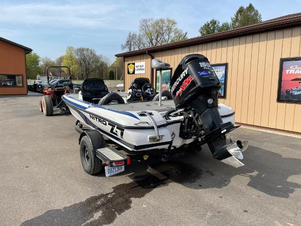 2015 Nitro boat for sale, model of the boat is Z-7 DC & Image # 3 of 6