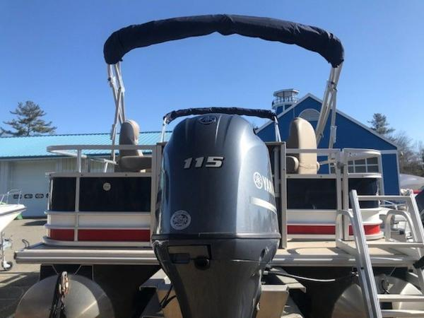 2018 SunChaser boat for sale, model of the boat is 22' GENEVA CRUISE & Image # 11 of 13