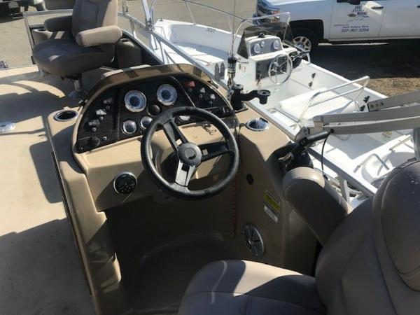 2018 SunChaser boat for sale, model of the boat is 22' GENEVA CRUISE & Image # 12 of 13