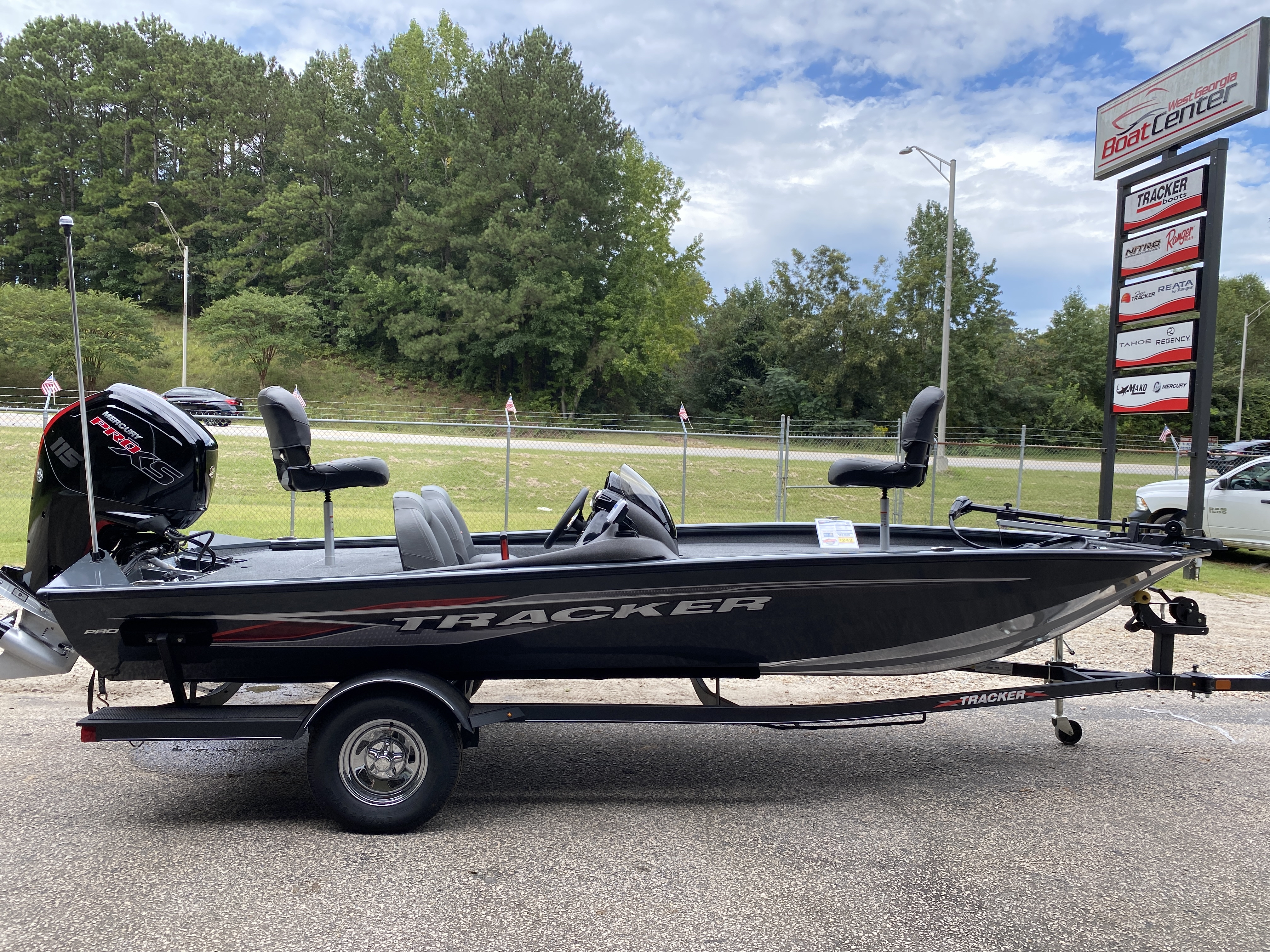 2021 Tracker Boats boat for sale, model of the boat is Pro Team 190 w/ 115 ELPT PXS4 STD & Image # 9 of 12