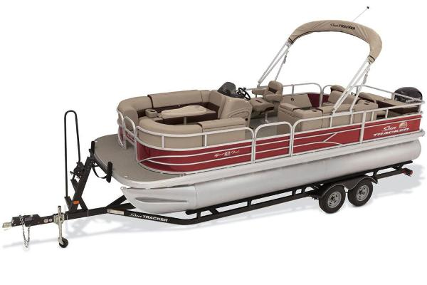 2018 Sun Tracker boat for sale, model of the boat is SportFish 22 DLX & Image # 1 of 8