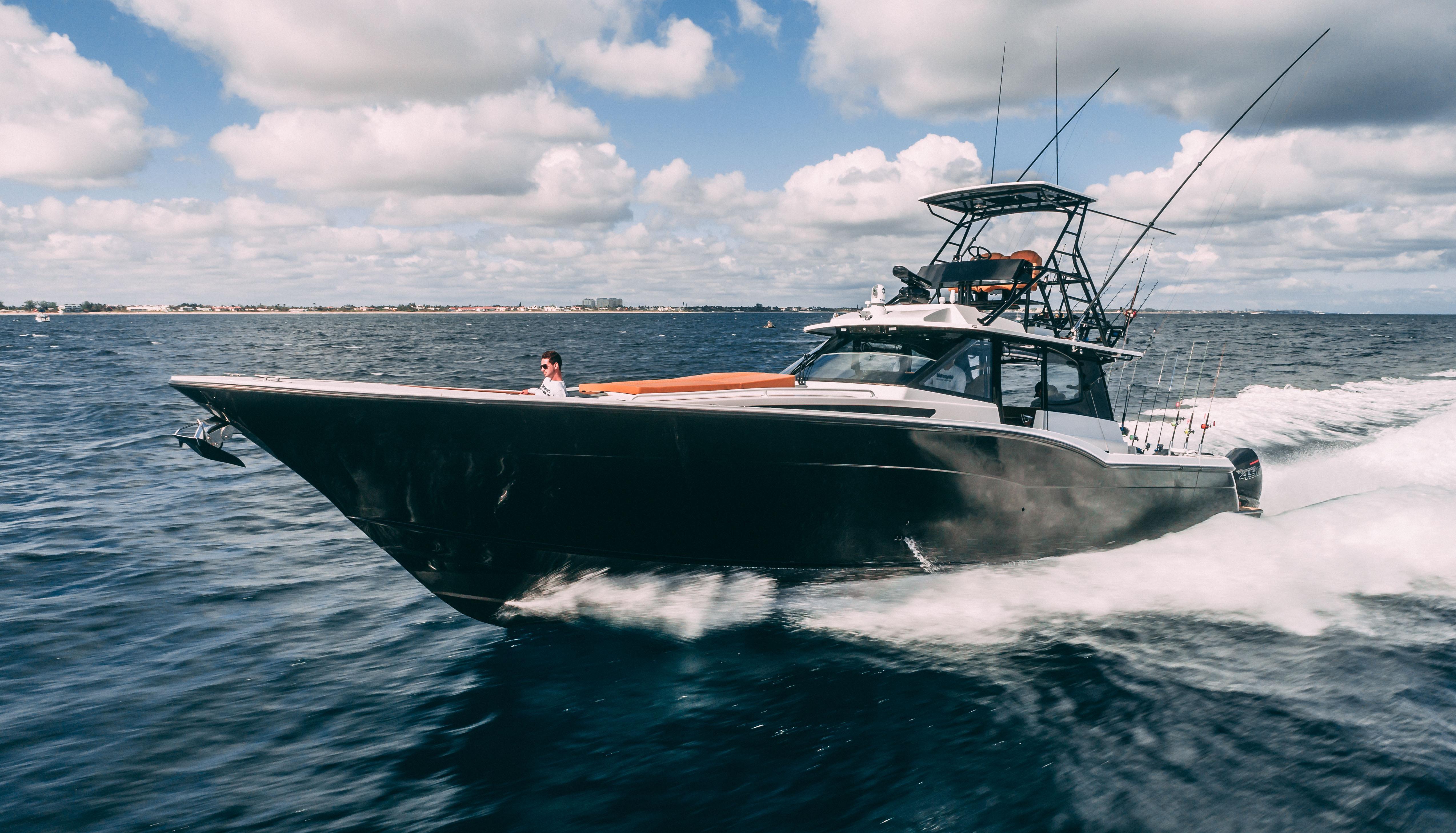 Sea Force IX 51 Center Console/Sportfish