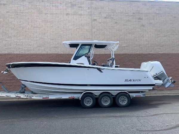 2021 Blackfin boat for sale, model of the boat is 272CC & Image # 2 of 56