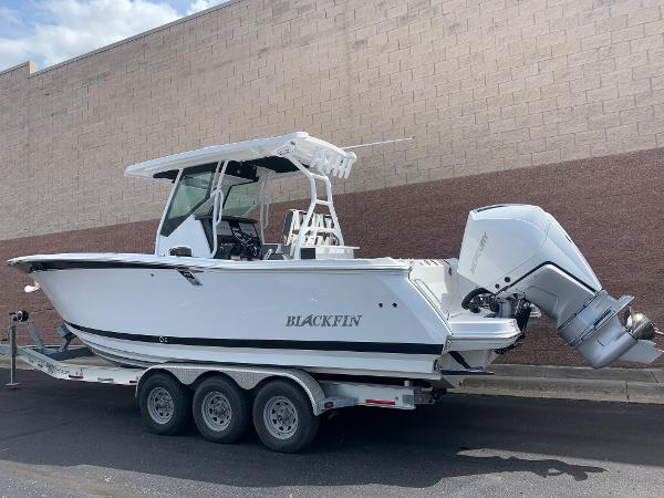 2021 Blackfin boat for sale, model of the boat is 272CC & Image # 4 of 56