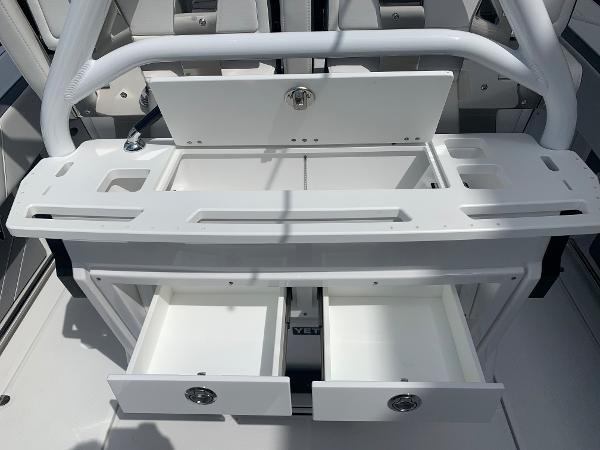 2021 Blackfin boat for sale, model of the boat is 272CC & Image # 16 of 56