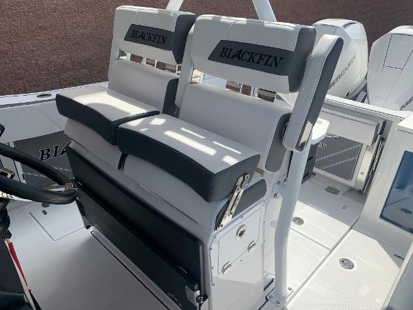 2021 Blackfin boat for sale, model of the boat is 272CC & Image # 27 of 56