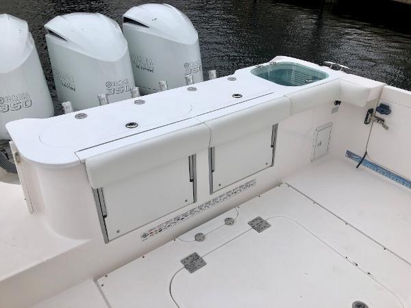 2012 Everglades 355 CC
