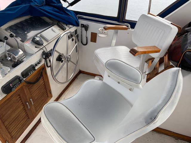 F 5369 BB Knot 10 Yacht Sales
