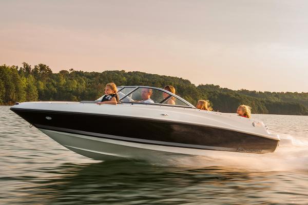 2015 Bayliner boat for sale, model of the boat is 175 Bowrider & Image # 23 of 24