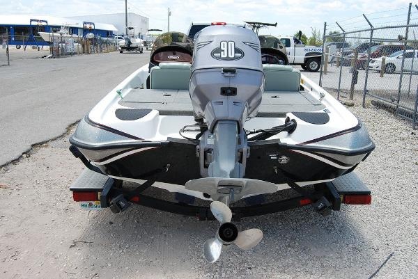 2000 Triton boat for sale, model of the boat is 170 & Image # 3 of 10