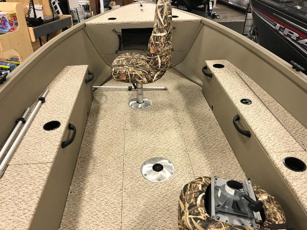 2020 Alumacraft boat for sale, model of the boat is Summit 165 & Image # 5 of 9