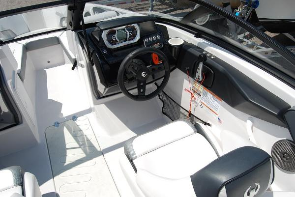 2019 Scarab boat for sale, model of the boat is 195 & Image # 7 of 12