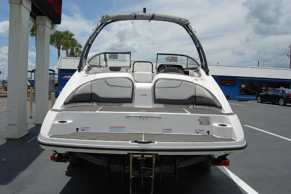 2017 Yamaha boat for sale, model of the boat is AR210 & Image # 6 of 12