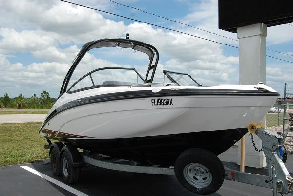 2017 Yamaha boat for sale, model of the boat is AR210 & Image # 2 of 12