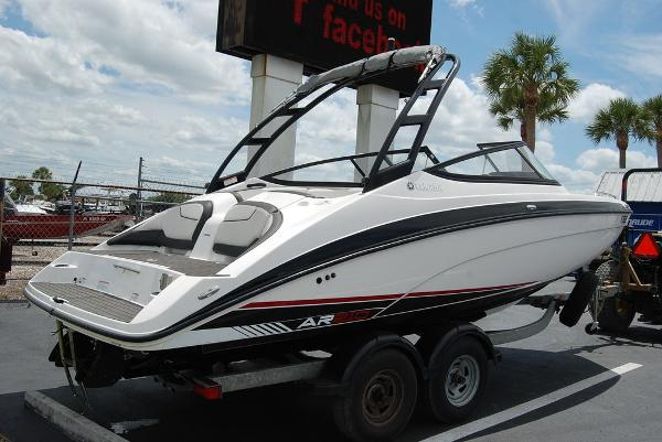 2017 Yamaha boat for sale, model of the boat is AR210 & Image # 5 of 12