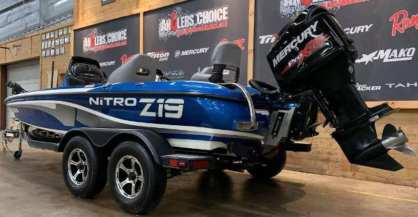 2017 Nitro boat for sale, model of the boat is Z19 & Image # 10 of 16
