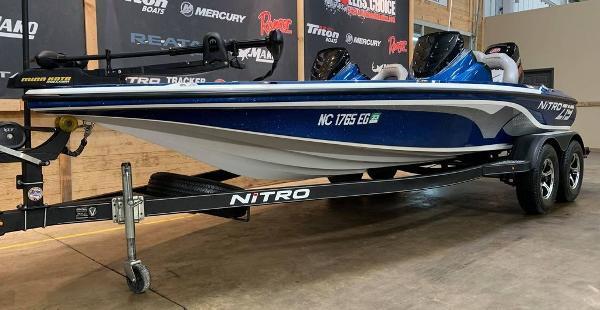 2017 Nitro boat for sale, model of the boat is Z19 & Image # 11 of 16