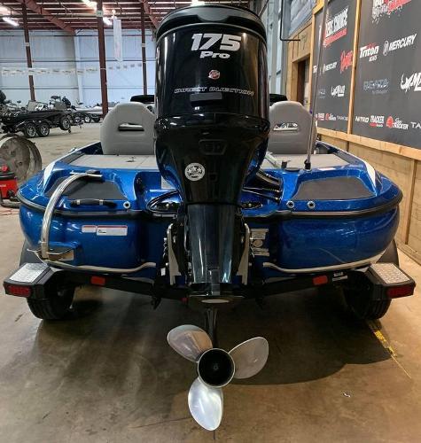 2017 Nitro boat for sale, model of the boat is Z19 & Image # 12 of 16