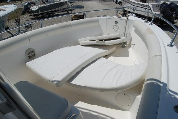 2005 Century boat for sale, model of the boat is 2600 & Image # 4 of 13