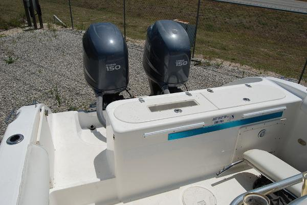 2005 Century boat for sale, model of the boat is 2600 & Image # 5 of 13