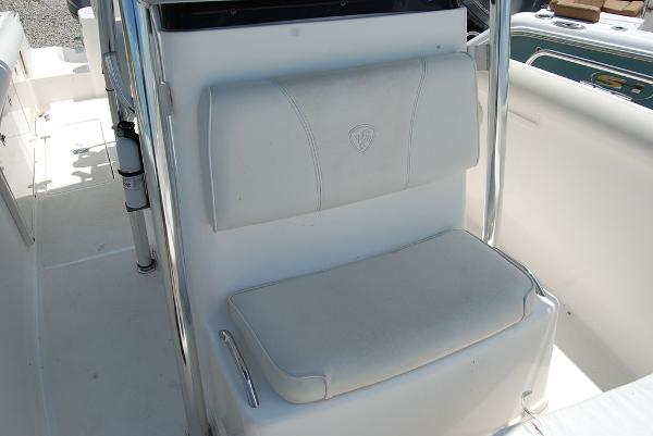 2005 Century boat for sale, model of the boat is 2600 & Image # 7 of 13