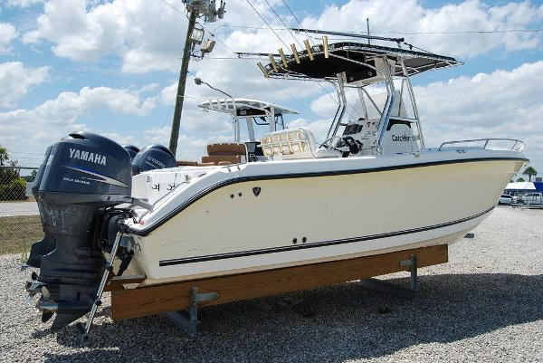 2005 Century boat for sale, model of the boat is 2600 & Image # 9 of 13