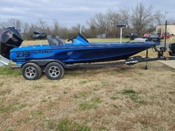 2021 Nitro boat for sale, model of the boat is Z19 & Image # 1 of 10