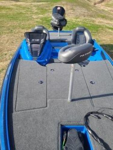 2021 Nitro boat for sale, model of the boat is Z19 & Image # 9 of 10