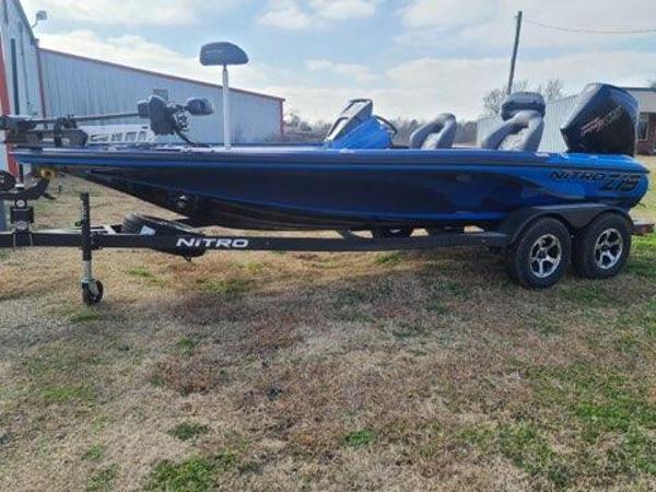2021 Nitro boat for sale, model of the boat is Z19 & Image # 3 of 10